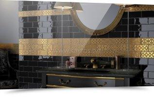 Черная с золотым декором плитка