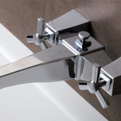 Фото сантехники Time Смеситель для ванны с лейкой, цвет  хром