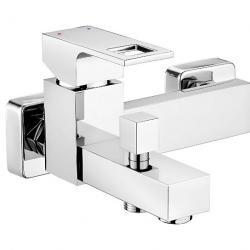Фото сантехники ANEMON Смеситель для ванны кор излив без душевого набора