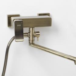 Фото сантехники Exter Смеситель для ванны с длинным повортным изливом 350 мм,  светлая бронза