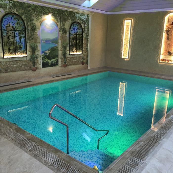 Бассейн для отеля